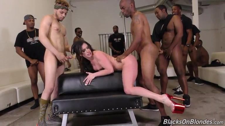 German Mature Gang Bang